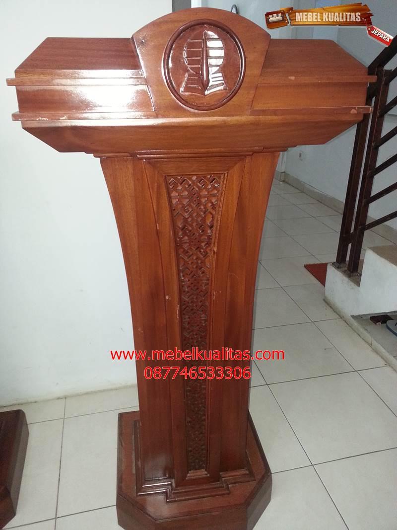Mimbar podium SBY MBR B006, Mimbar pidato mewah SBY MBR B006, MImbar kayu Jati SBY MBR B006, jual, harga, model, kualitas, berkualitas, terbaik, mewah, murah, jati, ukir