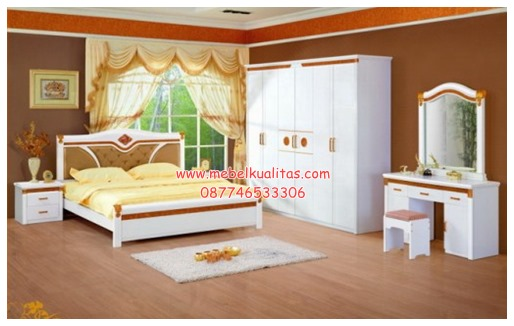 Kamar set mewah klasik White-Luxury KTM BE 028